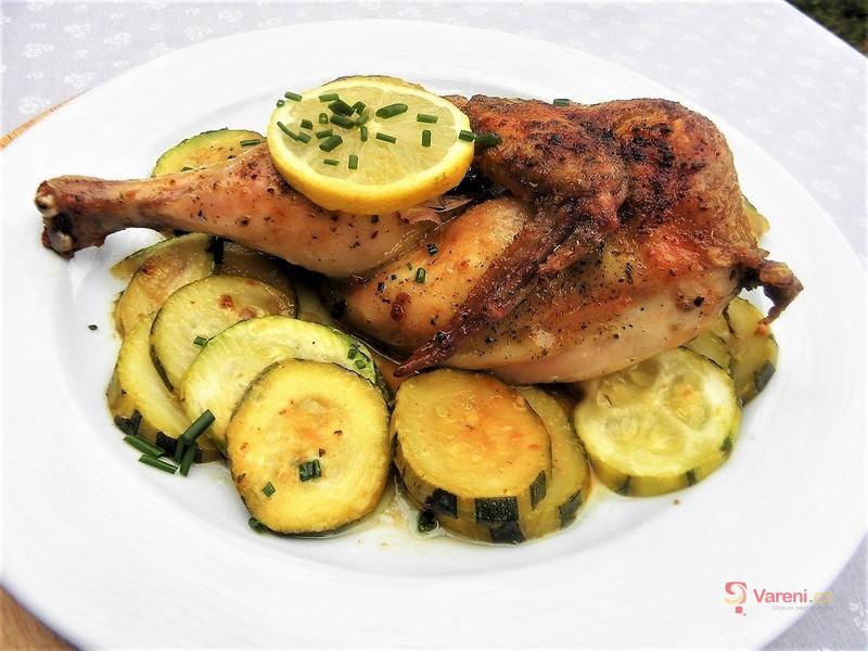 Citronovo-česnekové kuře a cuketou