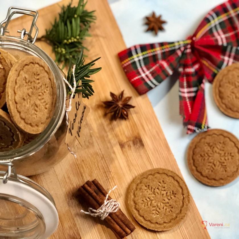 Vánoční kořeněné sušenky