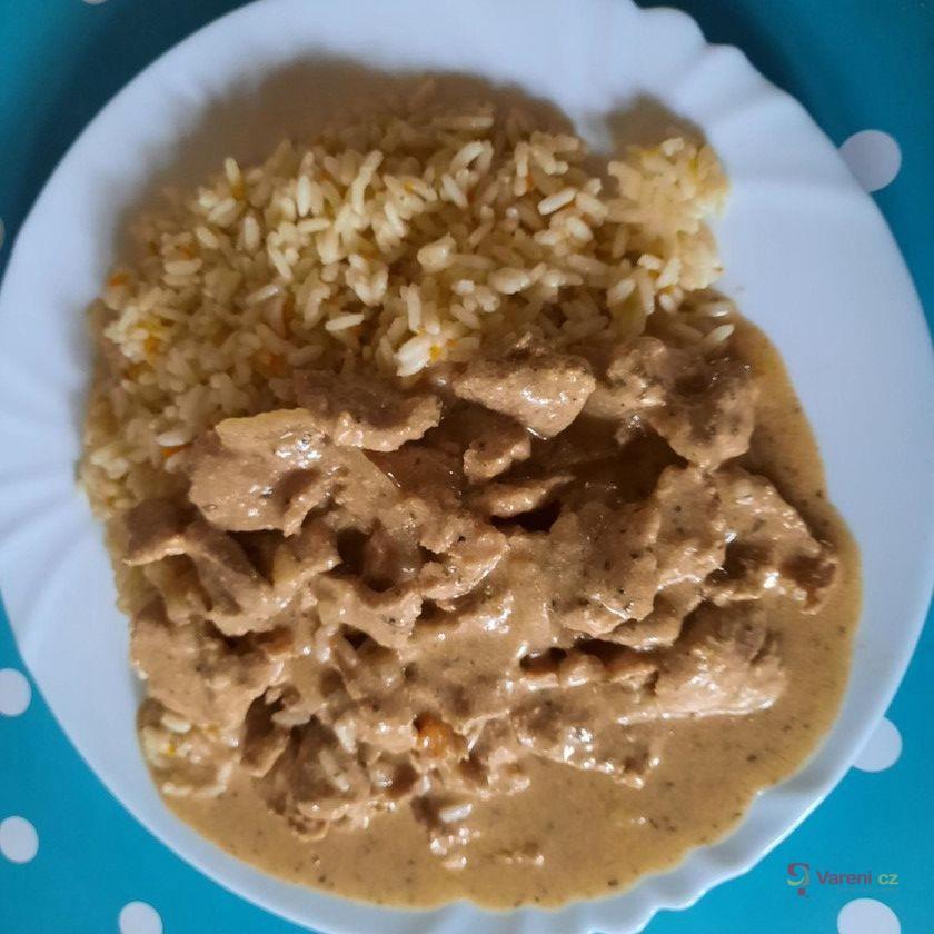 Kuřecí gyros s mrkvovou rýží