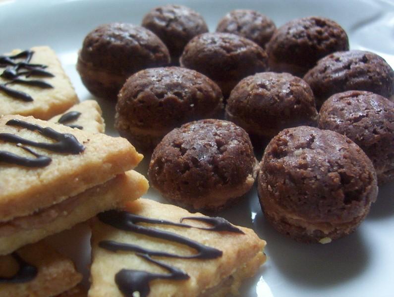 Plněné čokoládové ořechy