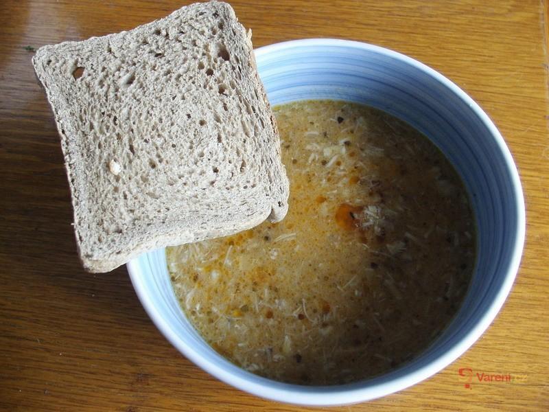 Kuřecí dršťková polévka