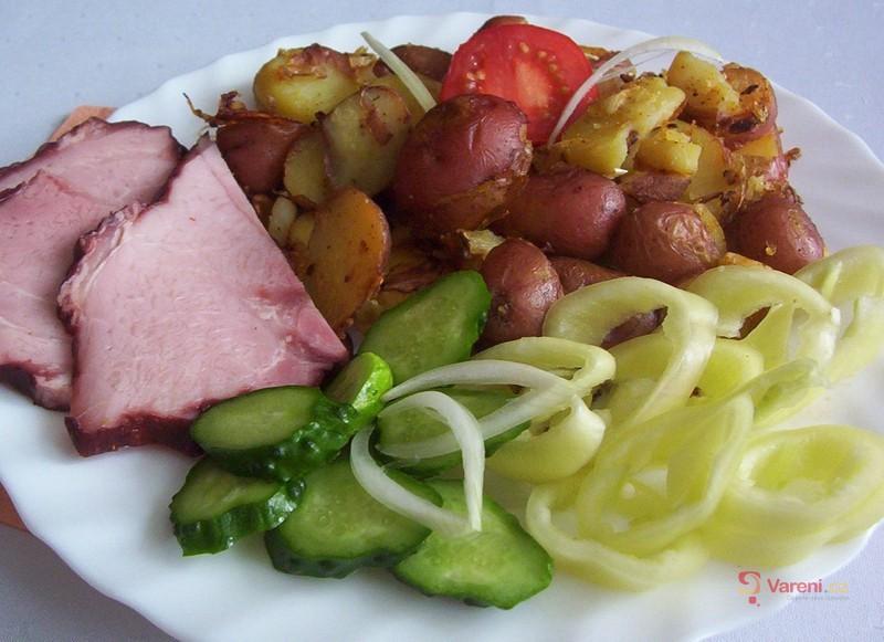 Pečené brambory s uzeným