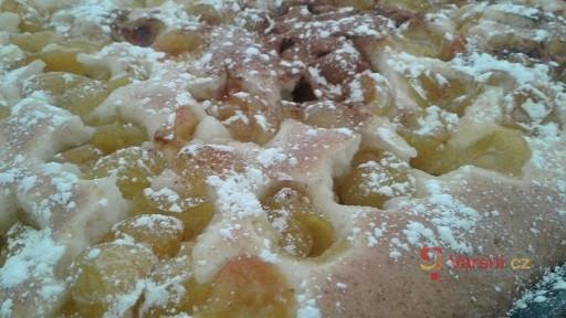 Špendlíkový koláč na plech