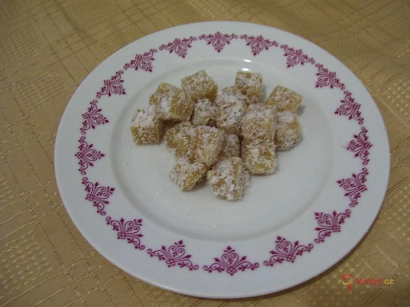 Kdoulové nebo jablkové kostičky