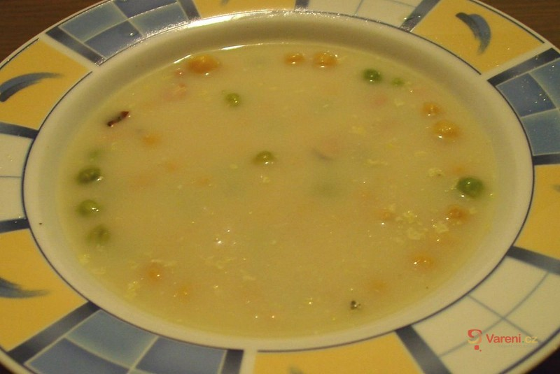 Kari polévka s cizrnou