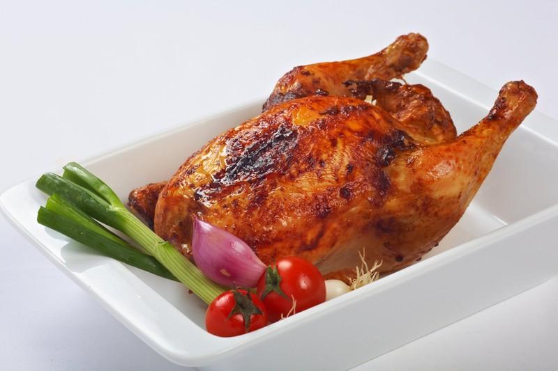 Křupavé kuře potřené medem, plněné rychlou nádivkou
