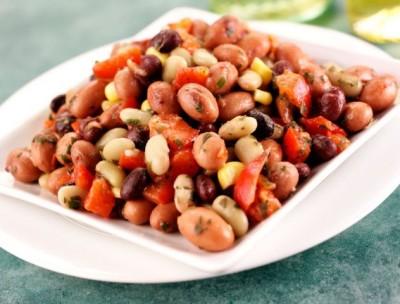 Marinovaný fazolový salát