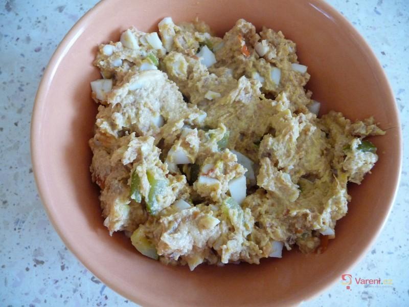 Škvarková pomazánka s vejci