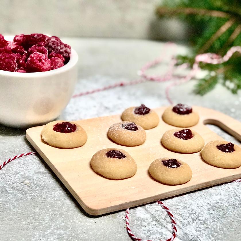 Vánoční malinové koláčky