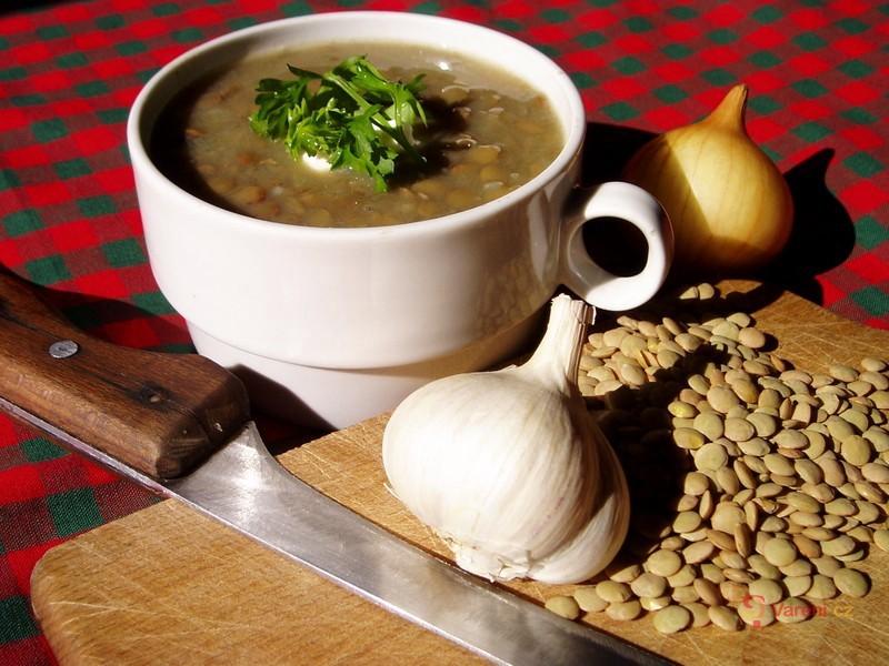 Čočková polévka s uzeným