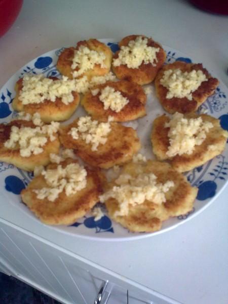 Bramboráčky se sýrem