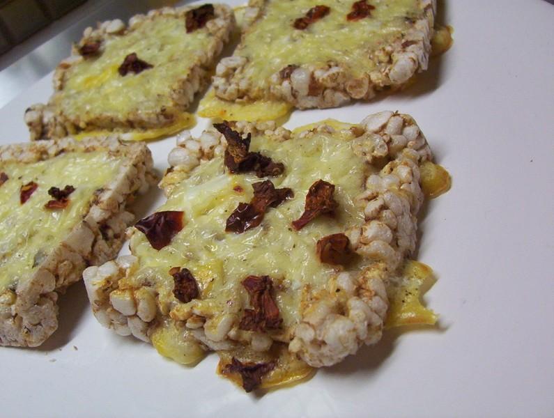 Zapékané racio chlebíčky s vejcem
