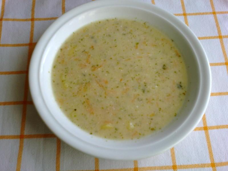 Bramborová polévka s tatarkou