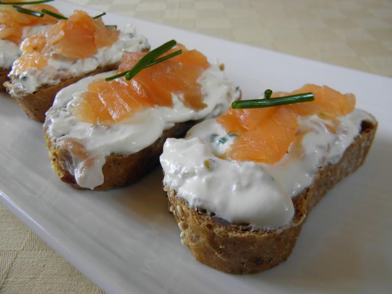 Kozí sýrový krém s lososem