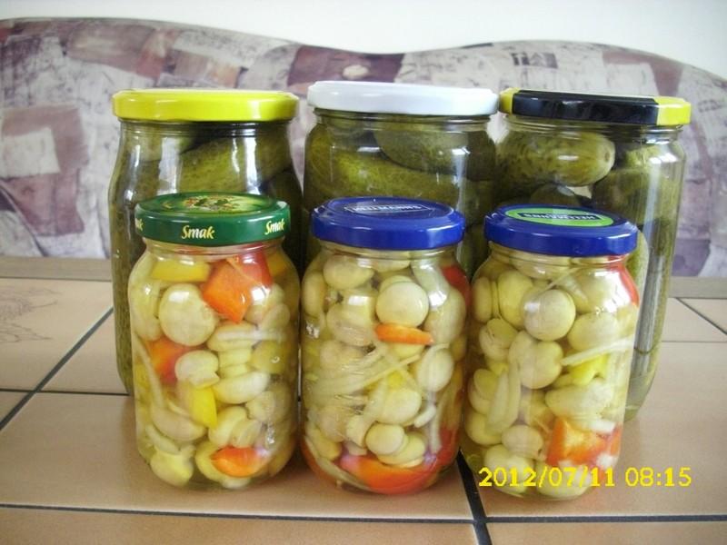 Lak na okurky, houby, zeleninu