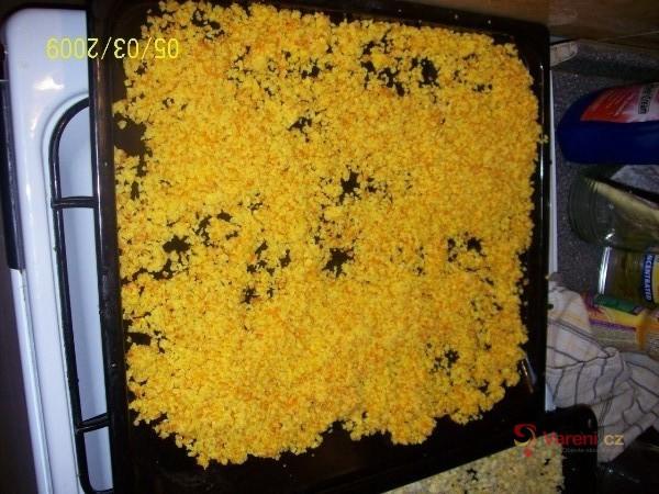 Domácí citronová kůra