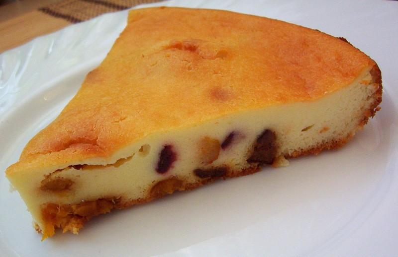Tvarohový koláč se sušeným ovocem
