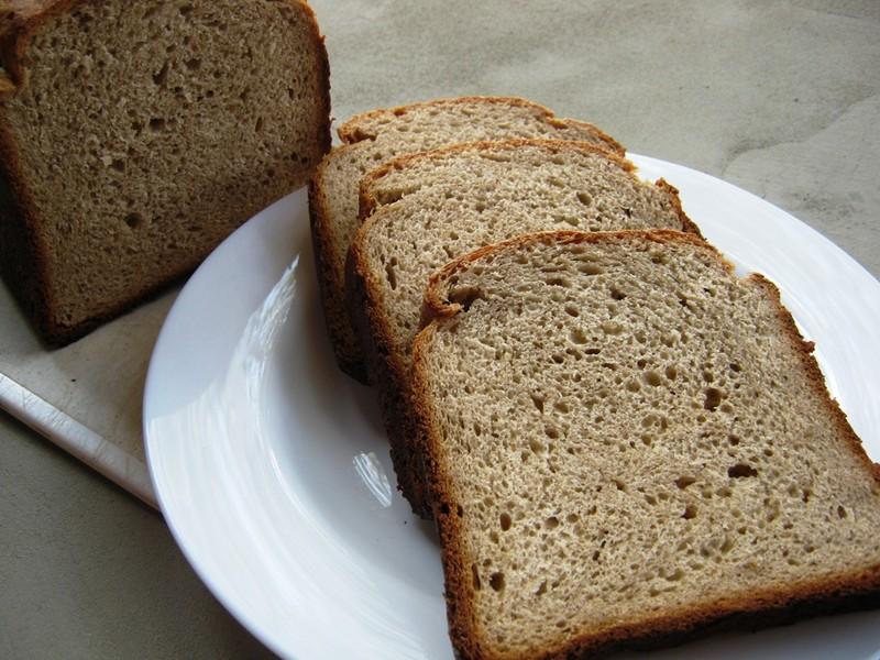 Chleba s acidem z domácí pekárny