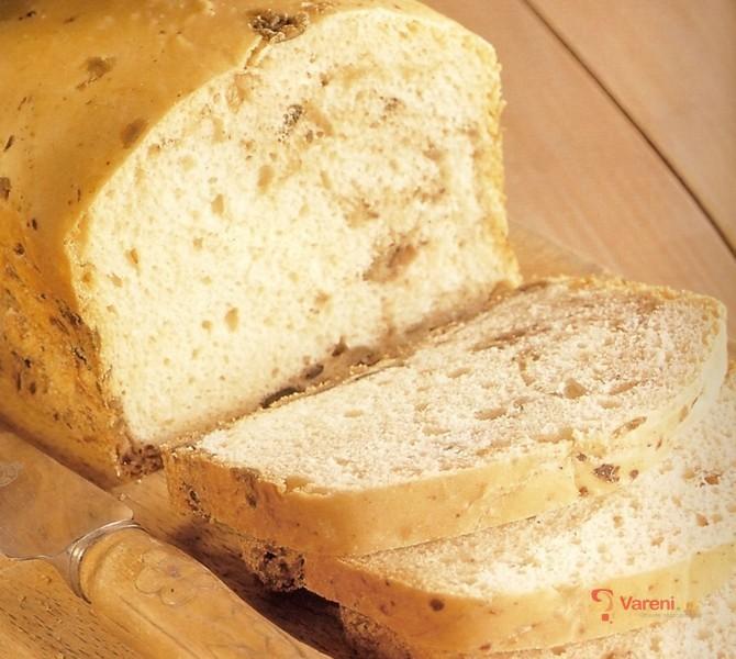 Olivový chléb z domácí pekárny