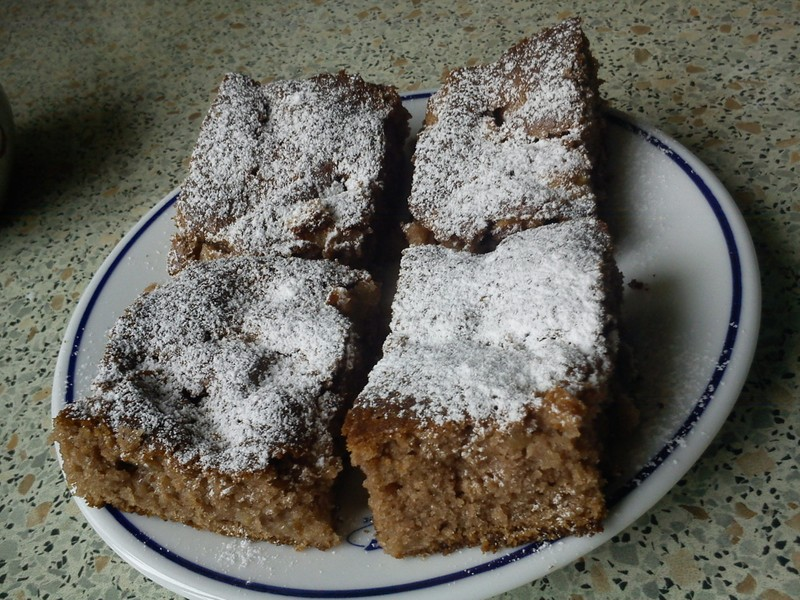 Rychlý hrníčkový jablečný koláč