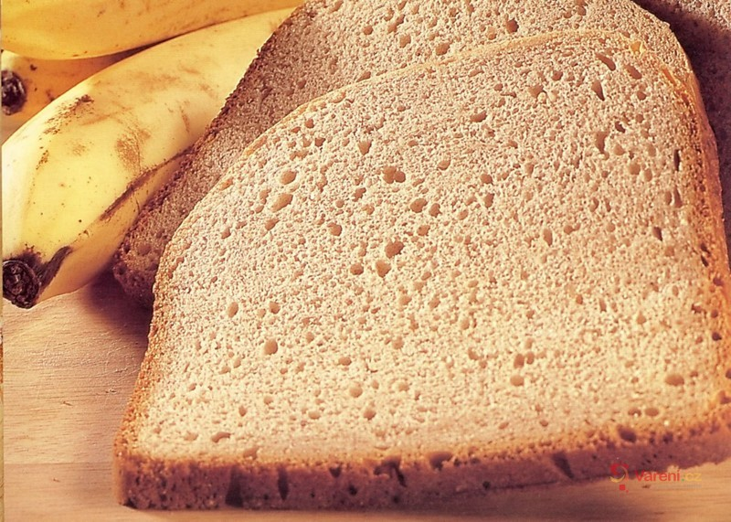 Banánový chléb z domácí pekárny