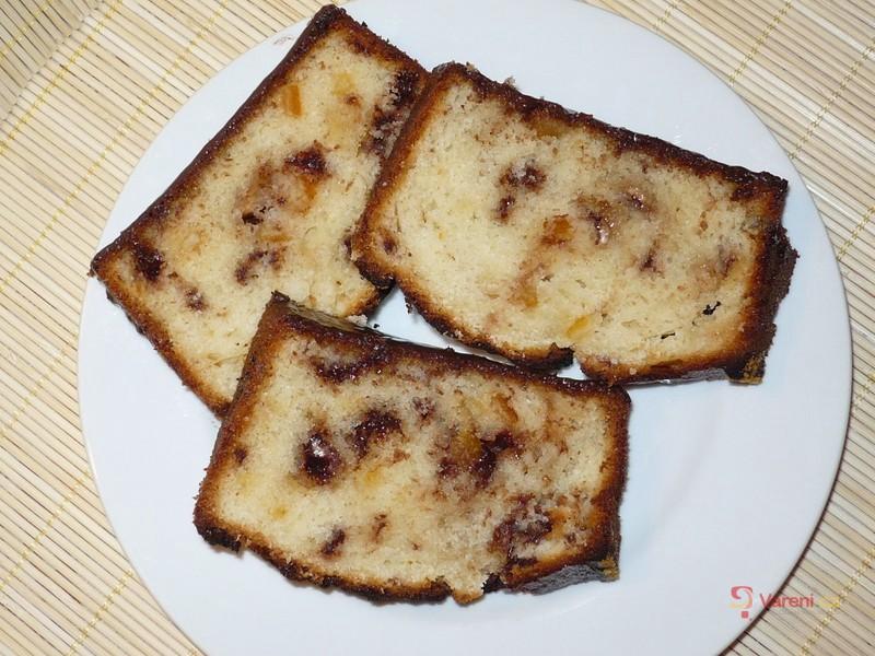 Višňovo-čokoládový chlebíček
