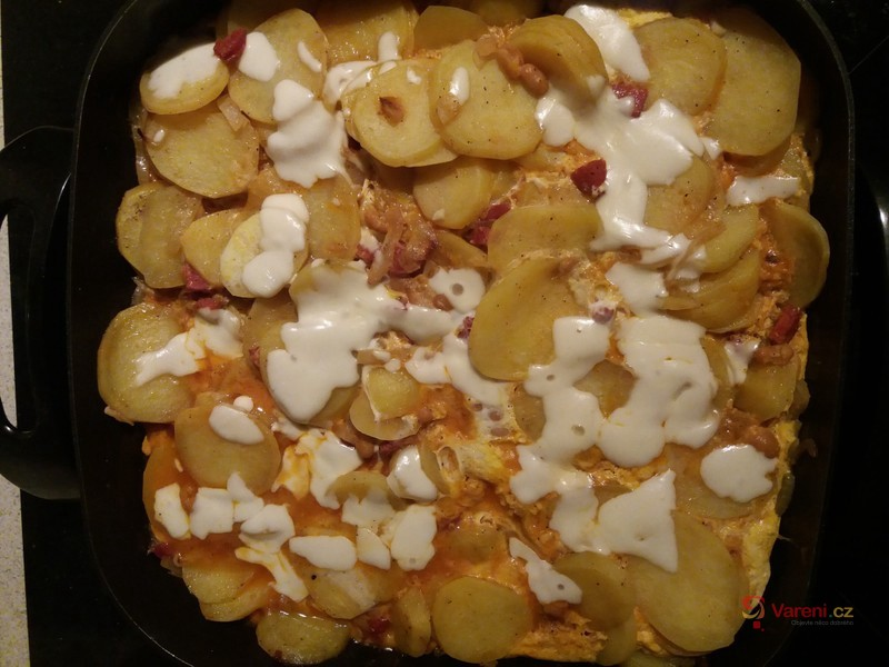 Zapečené brambory v pánvi