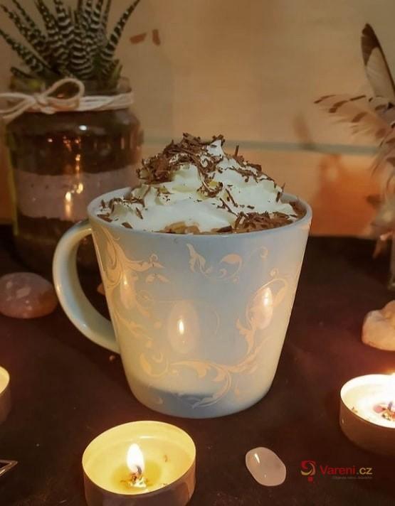 Vynikající horká čokoláda