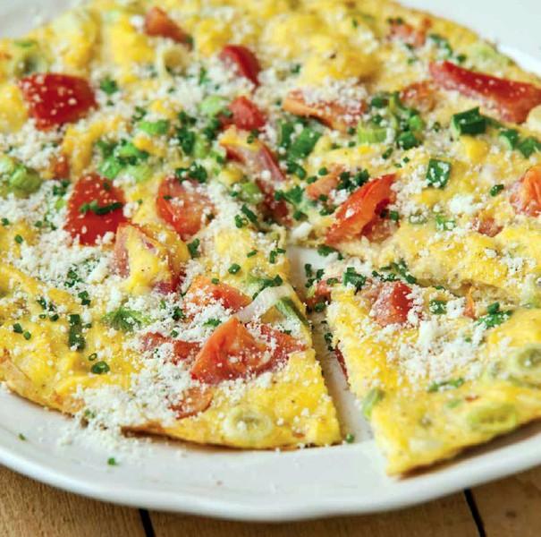 Vaječná omeleta s jarní cibulkou