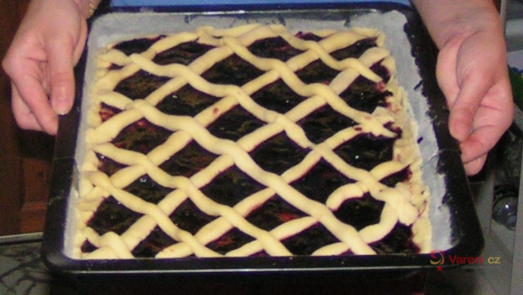 Mřížkový koláč s marmeládou
