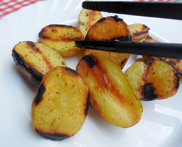 Grilované provensálské brambory