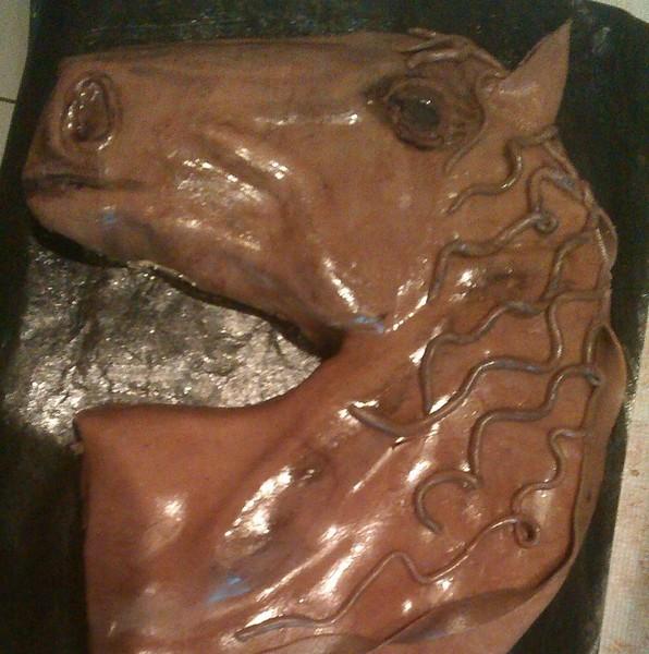 Dort koňská hlava s potahovací hmotou