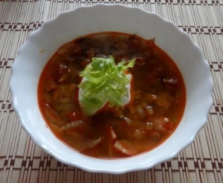 Polévka z hlívy ústřičné s řapíkatým celerem