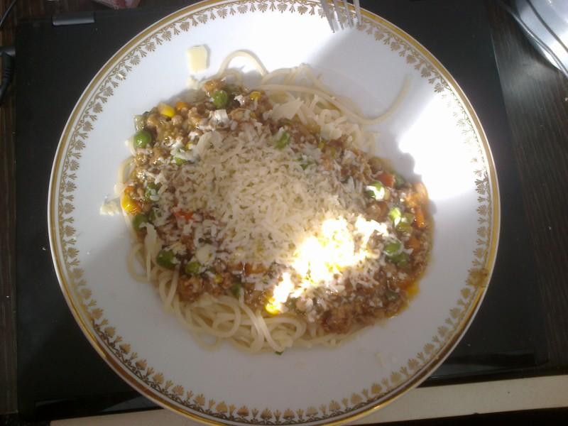Omáčka na špagety s mletým masem