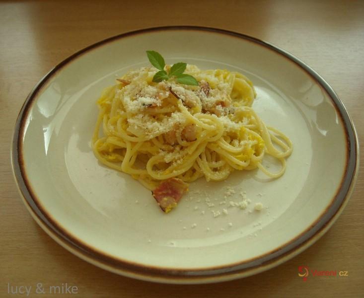 Špagety alla carbonara