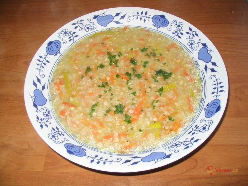 Levná pohanková polévka