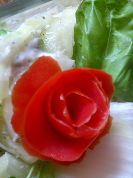 Růžička z rajčete