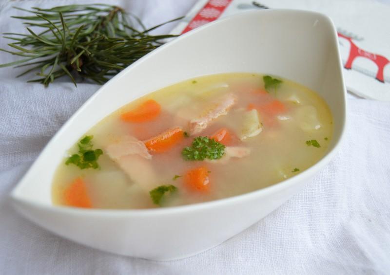 Rybí polévka z lososa