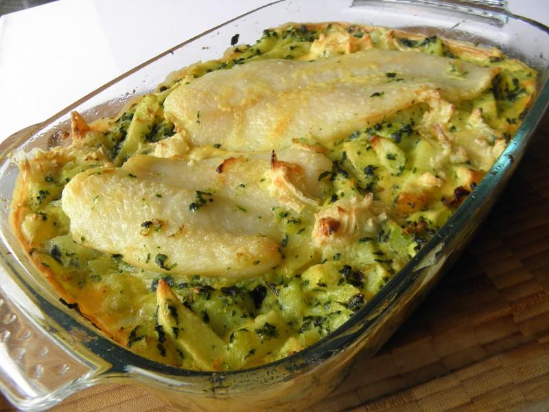 Rybí filety zapečené s bramborem a špenátem