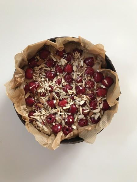 Zdravý třešňový koláč