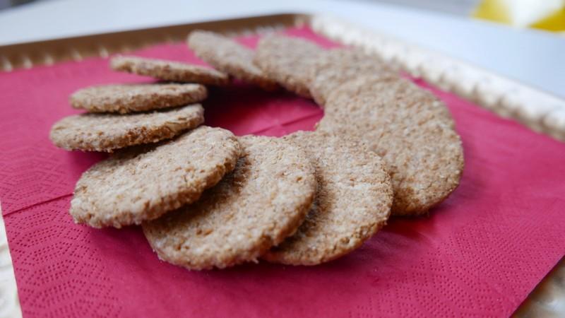 Křupavé ovesné sušenky