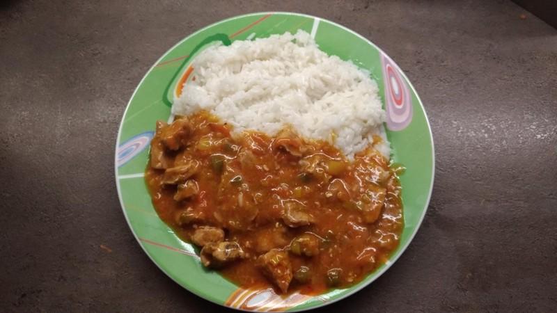 Pikantní masová směs s rýží