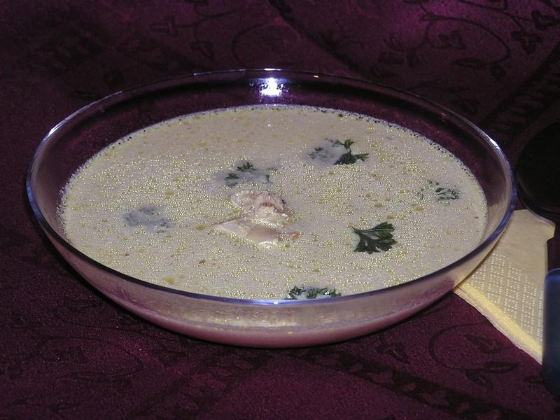 Žlutá polévka