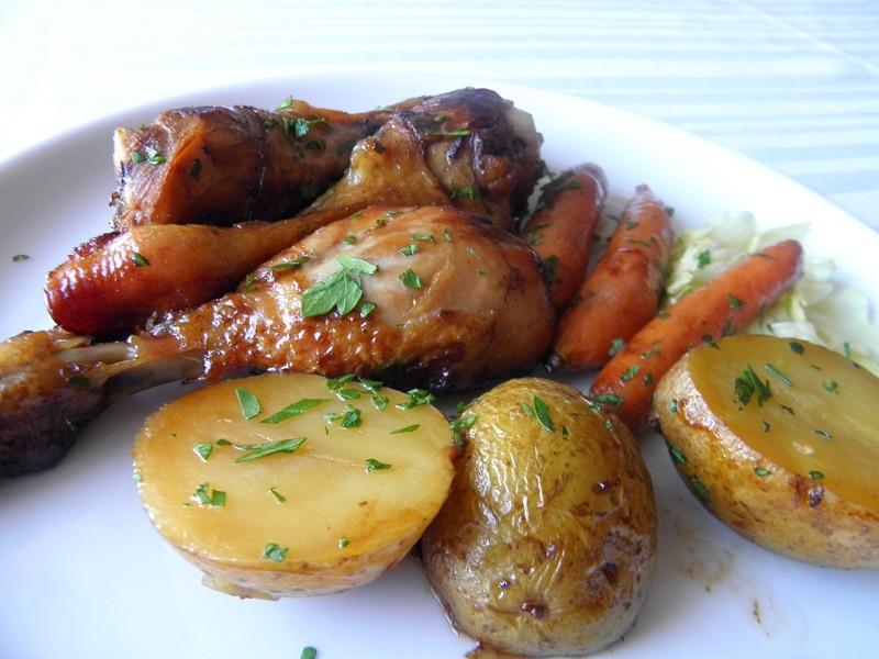 Pečené marinované kuřecí paličky