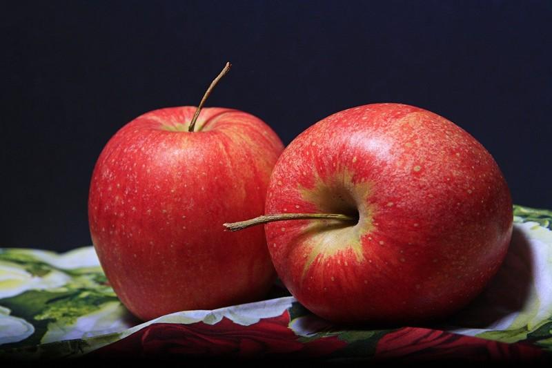Lahodná jablečná bábovka