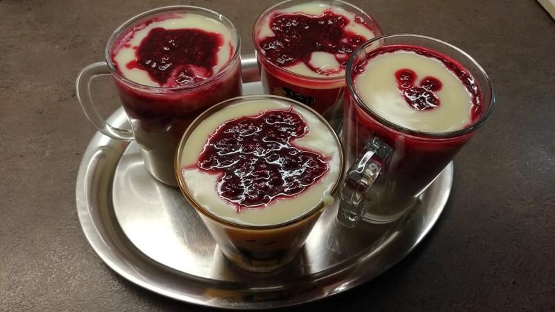 Horké maliny s vanilkovým pudinkem