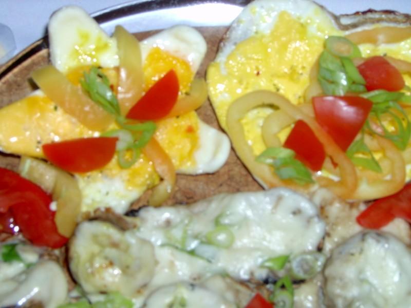 Salát se slaninou a sázenými vejci