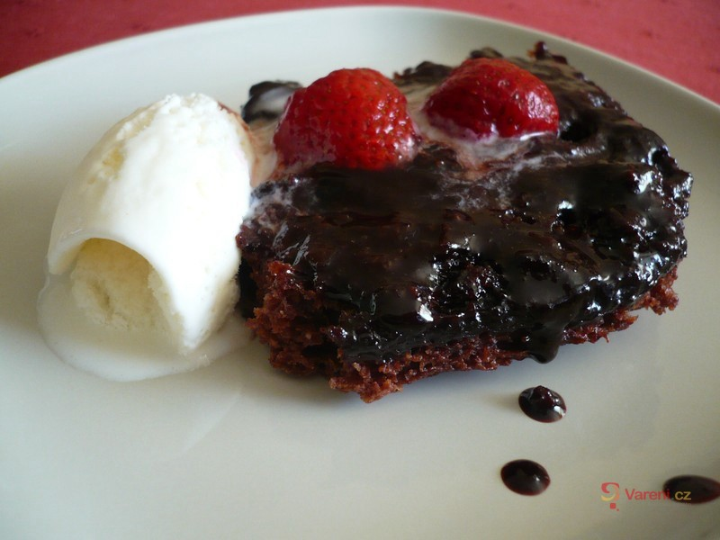 Teplý kakaový dezert