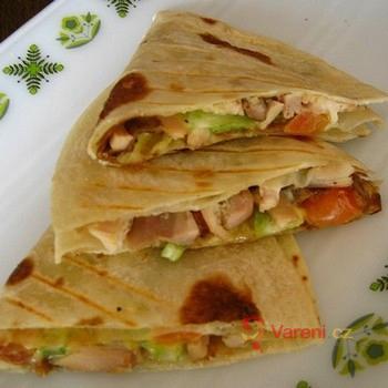 Tortilly s kuřecím masem