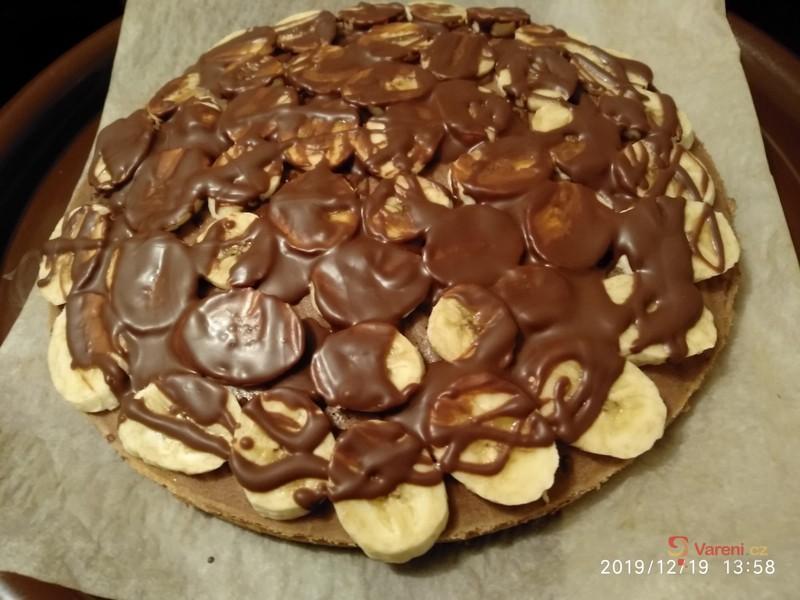 Banánový dort s kakaovým krémem